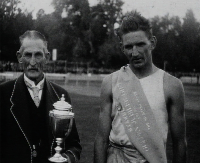 The stawell gift staging the golden jubilee carnival 1927 clip 3 the stawell gift staging the golden jubilee carnival 1927 clip 3 on aso australias audio and visual heritage online negle Images