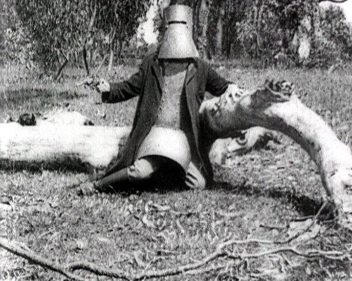 ned kelly life story essay The story of ned kelly is a story which australian audiences have returned to over and over again since the first feature film in 1906 and have kept revisiting right.